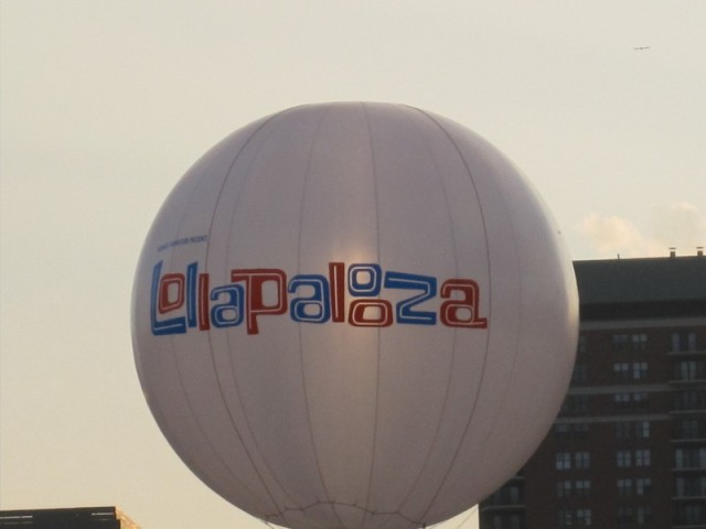 Lolla Balloon 2010