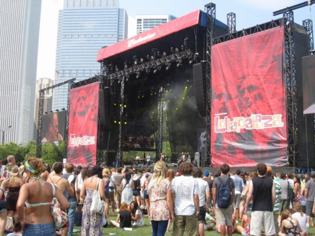 Lolla Bud Stage 2010